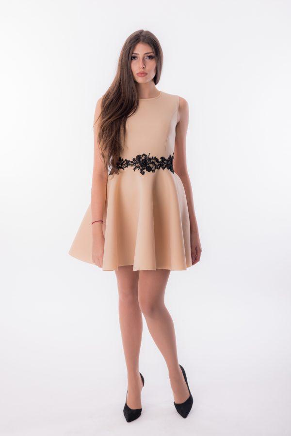 дамска рокля, коктейлна, вталена,бална, дантела